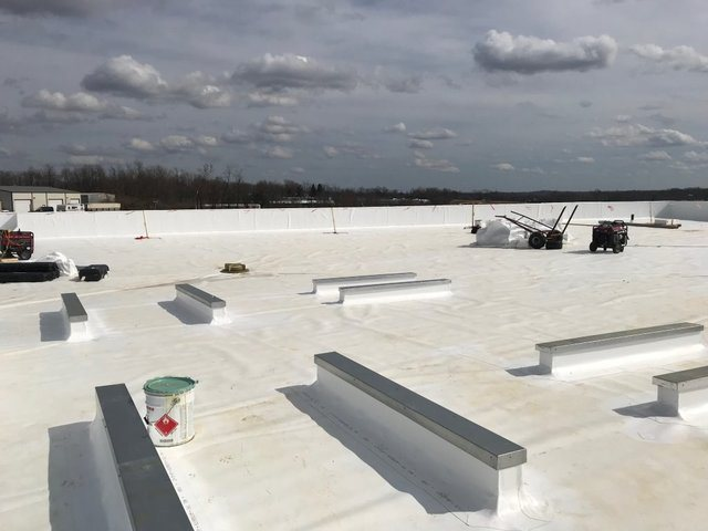 Construction Work on Commercial Roofs in Nicholasville, Kentucky (KY)