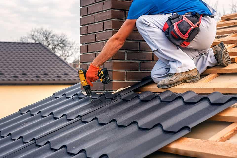 Discover the benefits of a sheet metal roof, sheet metal fabrication near Richmond, Kentucky (KY)